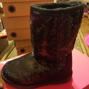 Girl sequence boots